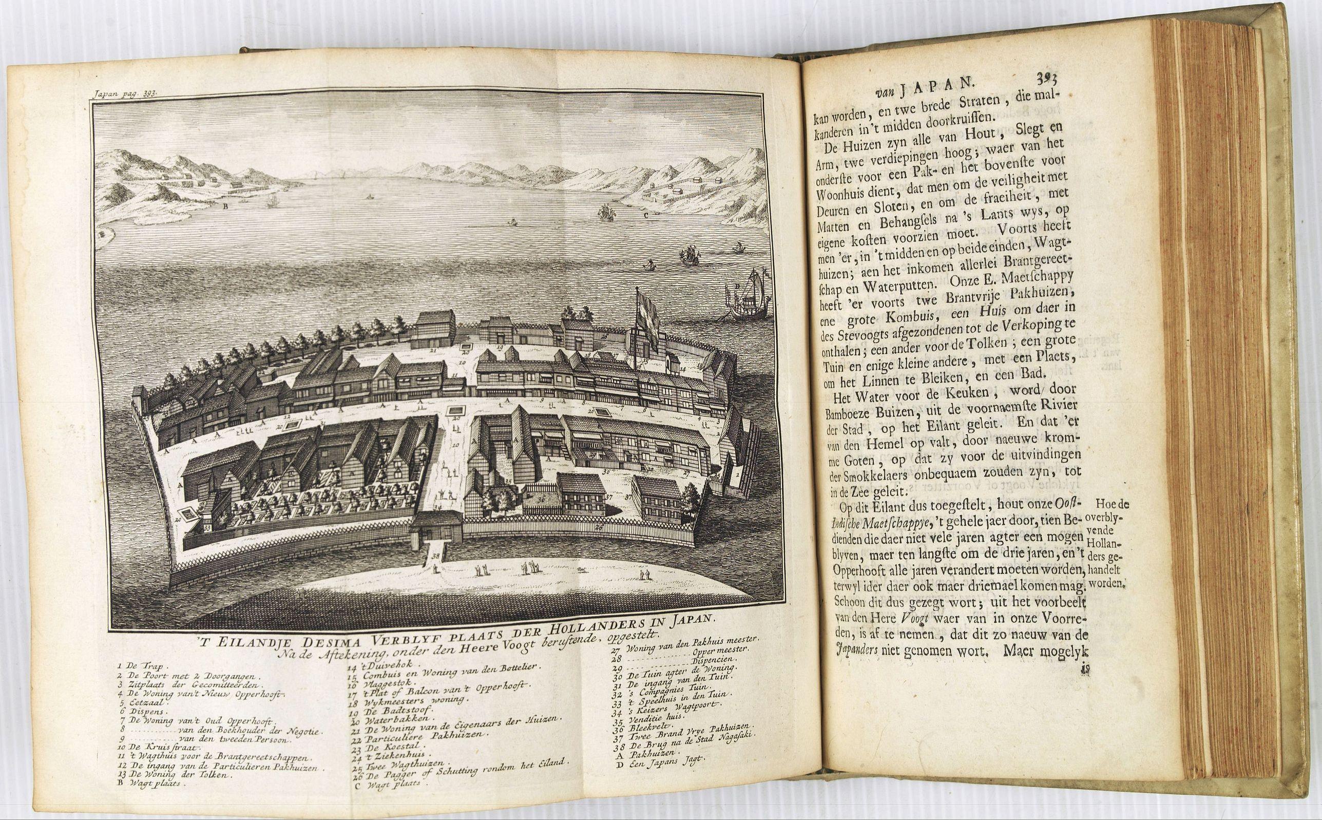 TIRION, I. -  Hedendaegsche Historie of tegenwoordige staet van alle volkeren 1 deel. (Volume 1 - China, Japan, Phillippines, Moluccas)