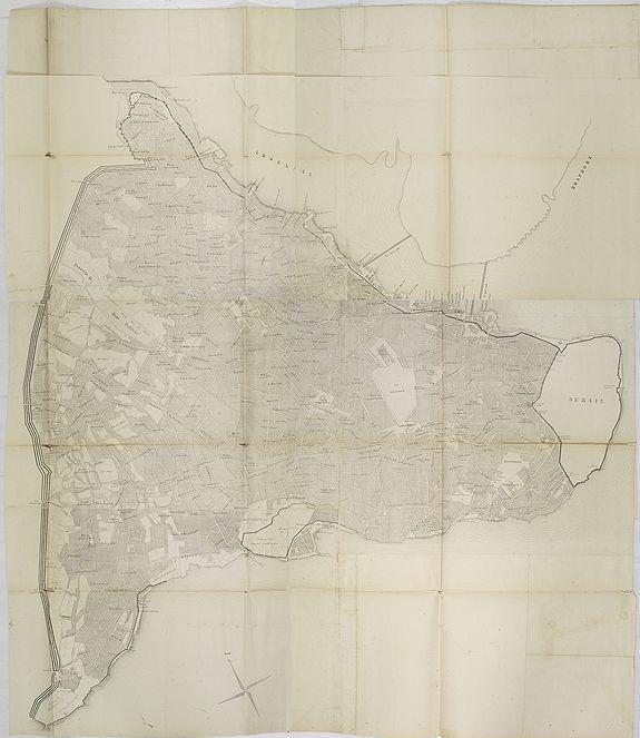 OLIVIER, E. -  Plan de Constantinople, non compris ses faubourgs. Grave d'apres les documents du ministere de la Guerre par E. Olivier.