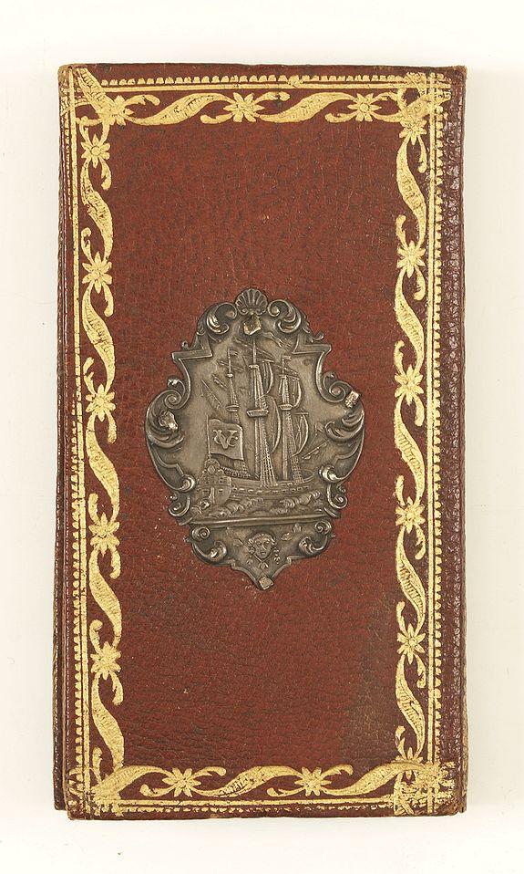 HÉRISSANT, Ve. -  Calendrier de la cour, tiré des éphémérides, pour l'Année bissextile.. / Notebook bearing silver plates with the VOC monogram.